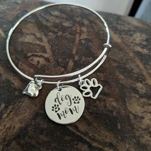 Jewelry - Dog mom adjustable bracelet with paw and heart